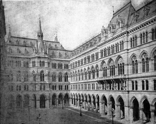 archimaps:  Inside the courtyard of the new City Hall, Vienna