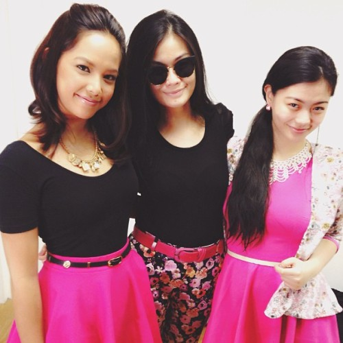 Pink is the colour for today! Always love seeing you two, @vernenciso and @verniecenciso!! 🎀💕