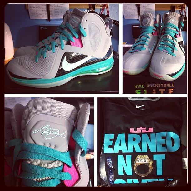 "VNDS SOUTHBEACH Lebron 9s size 11 w/matching ""earned not given"" t-shirt🔥🔥🔥 Up for auction on eBay (elitesneakersales) Use code SAVE20LOOP to save 20% @karmaloop.com #southbeachlebron #lebron9 #igsneakercommunity #shoeporn #nike #nikebasketball #lebronjames #kingjames #southbeach9s #sneakerheat #sneakerhead #sneakeraddict #s7 #miamiheat #heat #nicekicks #earnednotgiven #shoegame #shoehead #jumpman23 #nikeheat"