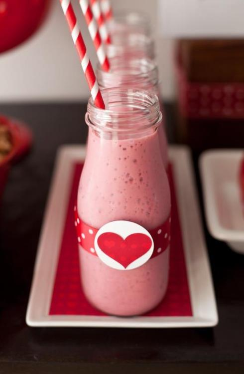 Valentines Smoothie anyone? Raspberry Banana Smoothies 1 - 10 oz bag frozen raspberries 1 banana 1 cup vanilla lowfat yogurt 1/3 cup orange juice. Blend all ingredients together and put in a glass bottle.