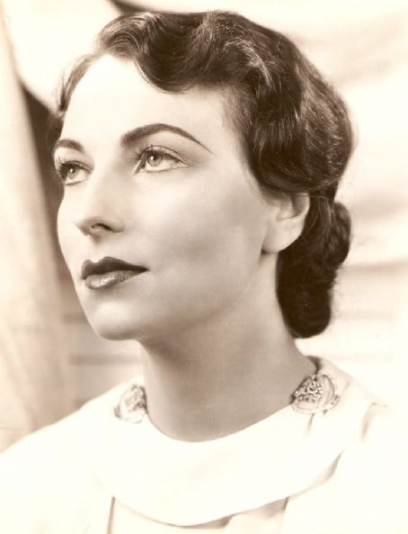 "the-asphalt-jungle:  Happy Birthday, Agnes Moorehead - (December 6th, 1900 -April 30th, 1974) ""Orson Welles liked the way I played, and he believed in me.  I was lucky.  It was he who brought me here to Hollywood.  I have to thank him for it.  He thought I could play anything, it didn't make any difference what part.  If it was a strange part, he said 'Give it to Agnes, she can play it'."""