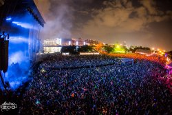 i-love-summer-festivals:  http://i-love-summer-festivals.com/