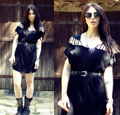 SWAYCHIC (by Masha Sedgwick)#romwe #swaychic #summer #france #dress #black   Today I'll show you my first look I took in France. It was really difficult to take pictures there because the sun was shining bright and all the pictures were overexposed, so I searched for a shady place.  I wear a dress from swaychic and I can highly recommend this store.  It reminds me of NastyGal, but way cheaper! Check it out!