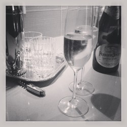 #baccarat #crystal #perrierjouet #bubbles #tuesdaynight #nbd #drinks #french #france #portland #oregon #boys #classy #pearldistrict  (at Pearl District)