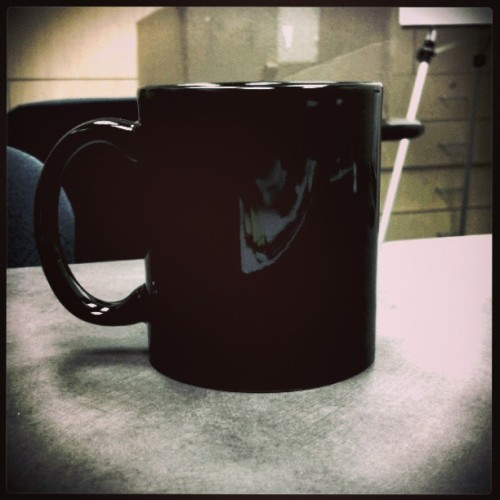 I wish it was full… #coffee, #mug, #caffeine, #yum, #beverage, #yawn, #idreamofcoffee, #doublefilter, #experiment, #bored