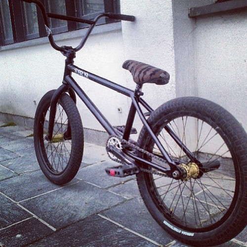 Nice Subrosa Noster sitting on Subrosa Street Digger tires. This #shoutoutmysubrosa is from @bmxkristoffer and it looks real good! #subrosabrand