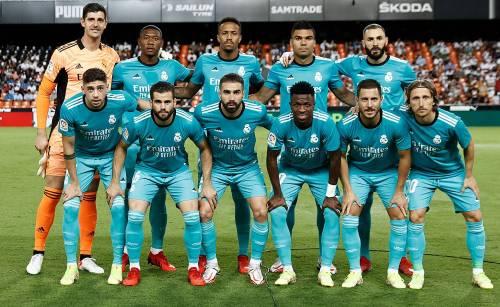 #karim benzema#benzema#vinicius junior#vinicius jr#vamos#hala madrid#real madrid #real madrid footbal club  #real madrid club de futbol #madrid#los galacticos#los vikingos#los blancos#matchday#Laliga#darkness#federico valverde#thibaut courtois#eder militao#nacho#alaba#luka modric#casemiro#carvahal#awaymatch#real love