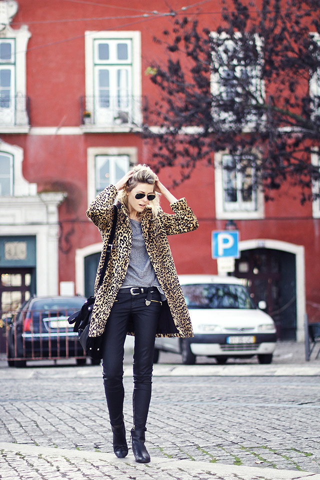 lookbookdotnu:  Leopard and leather (by Sofie V.)