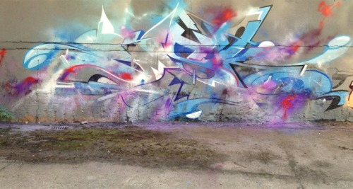 spraybeast:  Omsk Smashing it! OMSKBOOK