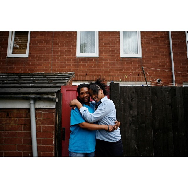 In honour of being nominated for the @luciefoundation grant: @amy_naomi and her mum, Clapton, Hackney 2008. Hoping to catch up with these two in 2015. #livinginthemiddleofthenoise #hackney #london #family #vivernomeiodobarulho