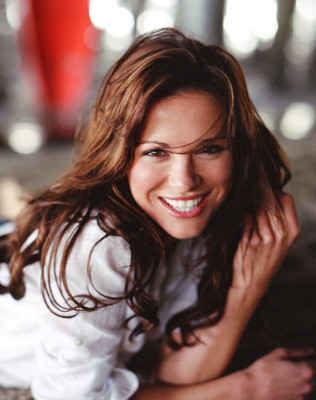 Beautiful People: Danneel Ackles