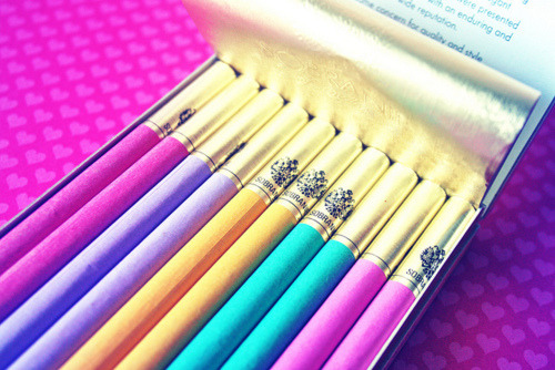 I need some sobranie cocktail tabs. They look so pretty.