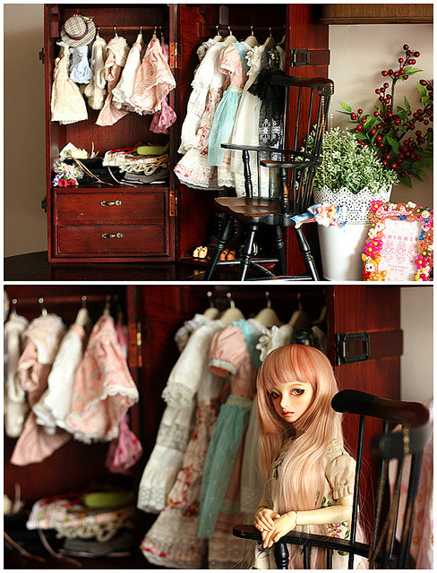 bmimoh:  A new wardrobe!!! by fanny fan on Flickr.