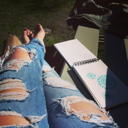 #outside #summer #feeling #drawing #jeans