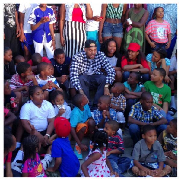 Chris Brown - Captured @Chrisbrown uniting the people and inspiring the youth with artistry and good