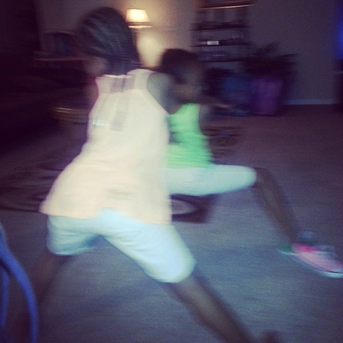 @nikes_N_snapbacks said kids twerk and they went in madi && mimi <@lynch_nigga>