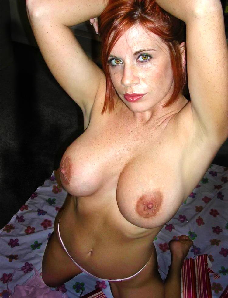 homemade-milfs:  Do you like my photo? Wanna meet Me? Click Here