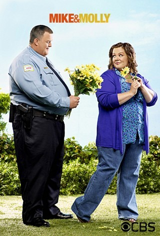 "I'm watching Mike & Molly    ""#Mike&Molly""                      559 others are also watching.               Mike & Molly on GetGlue.com"