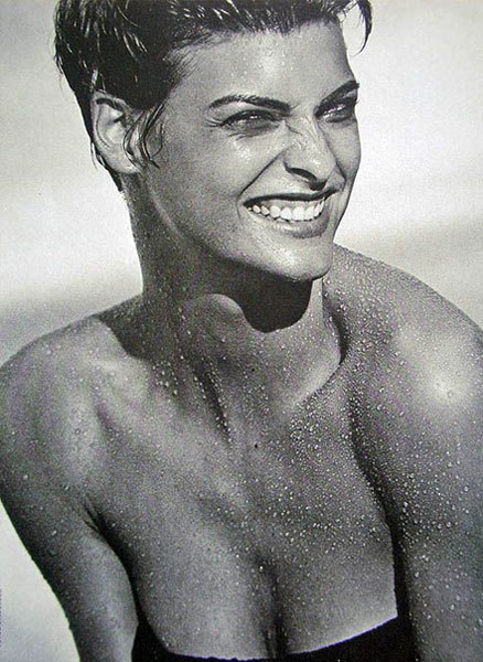 modelinia:  Happy birthday to the gorgeous Linda Evangelista! #supermodelicons