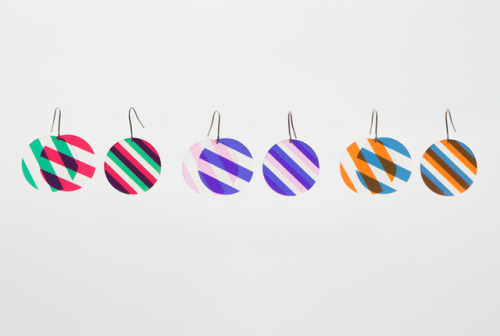laughingsquid:  Earrings Made of Transparent Layers of Color and Texture Create Fun Optical Illusions