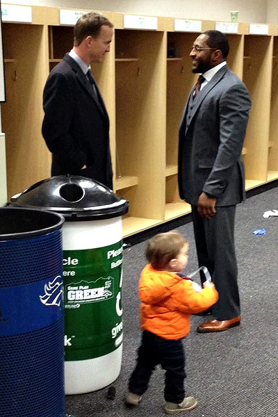 "Peyton Manning: Pure class.  nfloffseason:  ""Great moment @ 1.5 hours after the game, Peyton Manning and his family waited to congratulate @raylewis52."" - Chad Steele"