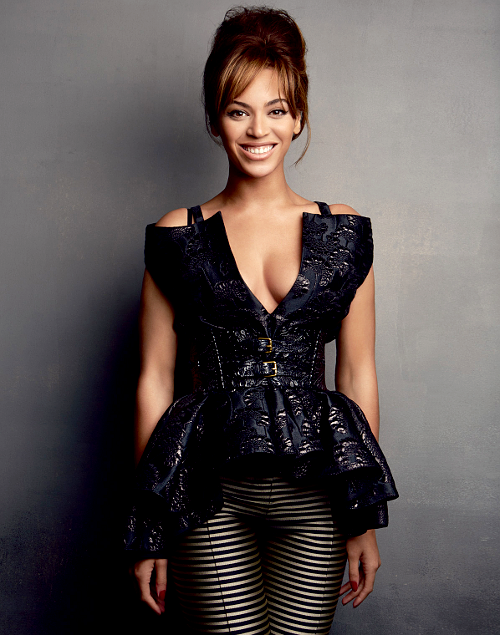 wasikowskas:  Beyoncé covering the March 2013 Power Issue of Vogue Magazine