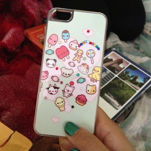 melinnnn:  New phone case <3