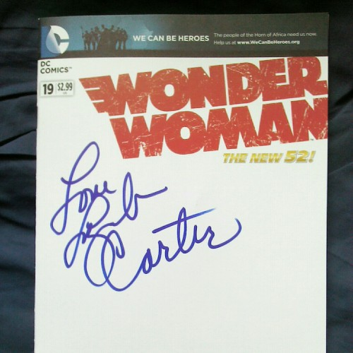 elirey88:  Wonder Woman #19 signed by Lynda Carter