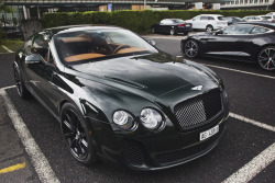 automotivated:  the Brits are here (by Daviel Stosca)
