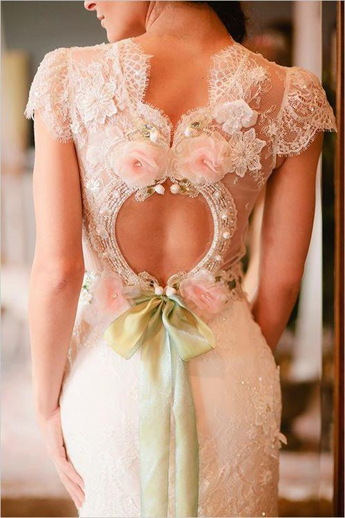 bridalsnob:  Thoughts on this dress? Claire Pettibone design | via CP