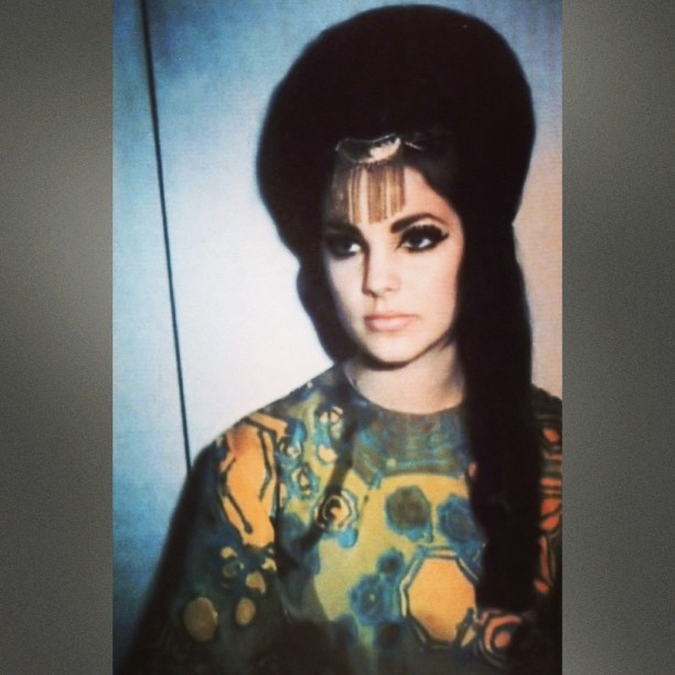 fleshy-flower:  Made my Instagram icon thing a picture of Priscilla Presley because I love her and I want to look like her omg hahah and like as a kid I've always admired her perfect face and her makeup that's why I always wear so much eyeliner because I MUST BECOME HER and yea. Hahahlolol #priscillapresley #plz #letmebeyou
