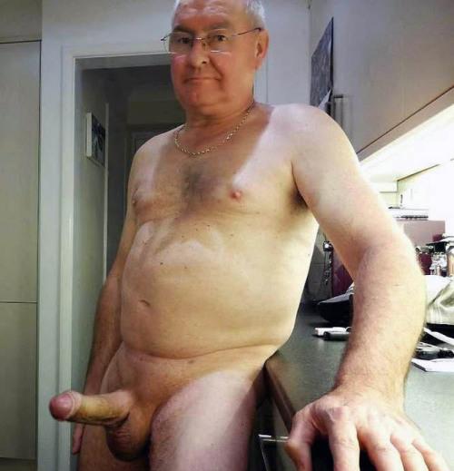 Older Gay Kik