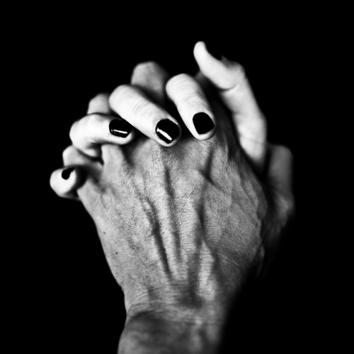 honey-eyed:  Nous by Benoit Courti on Flickr.