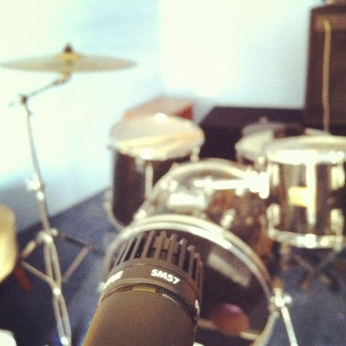 Recording a demo with one mic. Wish me luck! :/
