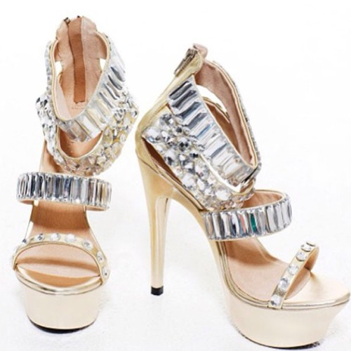 So Love these Alisha Hill Shoes #shoes #heels #bling #love #gold #need #want #prom