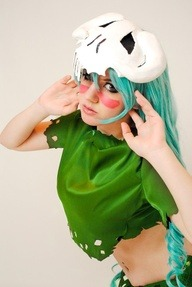 cosplaysleepeatplay:  neliel tu cosplay by http://bit.ly/UmbcHM  hottie