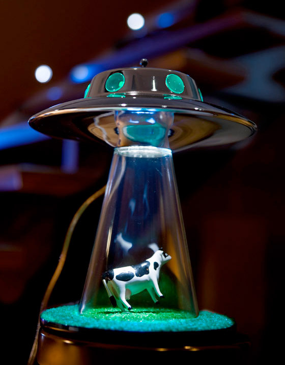 Alien Abduction Lamp - Lasse Klein