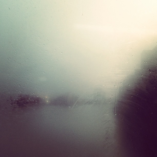 #london #moody #weather #sun #snow #bus #misty  #window #vauxhall #bridge #drops