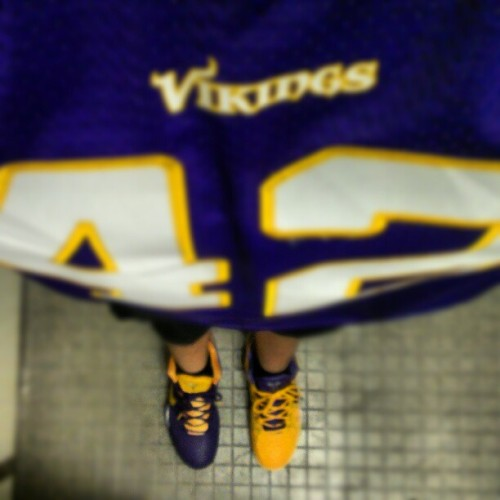 Representing the Vikings with the only pair of Kobes I have. #represent #vikings #Kobe #mynikes #yinyang #yinyangkobe #purple