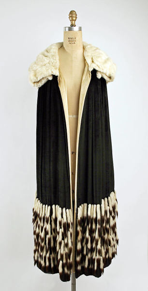H. Jaeckal & Sons Evening Cape | Met Museum | c. 1927