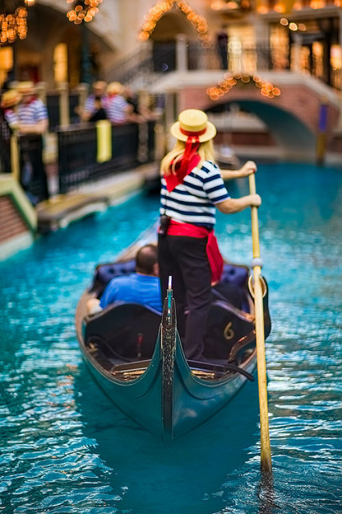 1wantchange:  The Gondolier by kross_edd