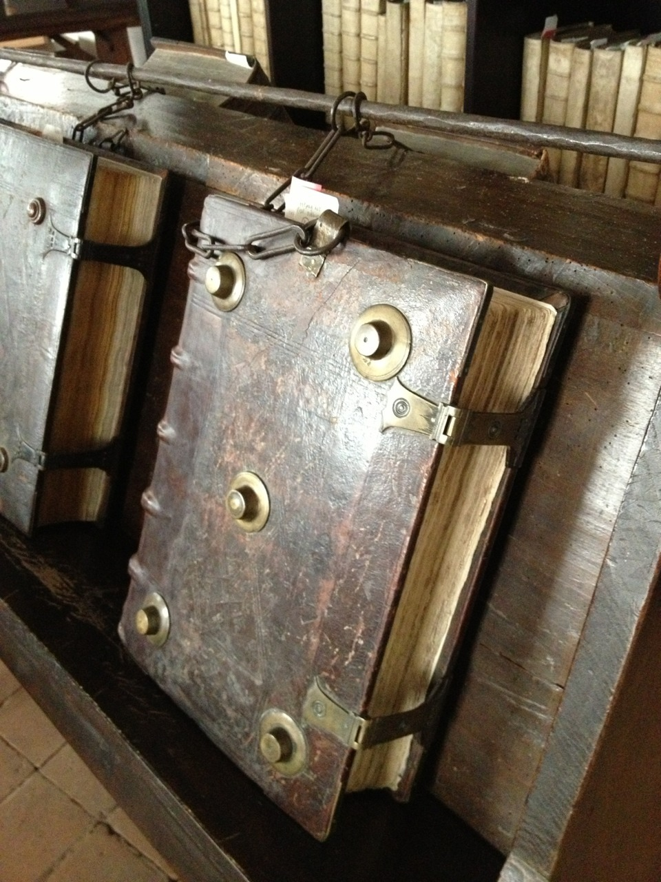 erikkwakkel:  The Chained Library of Zutphen I took these pictures during a visit to the 16th-century chained library of Zutphen, in the east of the Netherlands. It is one of three such libraries still in existence in Europe. Nothing much has changed here for 550 years. Here is more information (in English) on the chained library in Zutphen. Also check out this recent blog on medieval chained libraries (and Zutphen's), written by one of the researchers in my project.