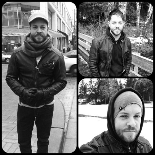 Travelling Mode. #snow #cold #picoftheday #photooftheday #frametastic #snowboard #collage #beard #hairstylist #traveller #modern #trend #boots