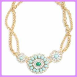 Want this necklace in my life ! ✨💎Mygoldmine.org #picstitch #all_shots #blogger #chunky #fashion #fashionoftheday #gold #chain #igers #igdaily #iphone5 #iphonesia #iphoneonly #jewels #jewellery #likeitup #overgram #pastel #mint #jewels #modcloth #style #statigram #ukig #vintage #wiwt