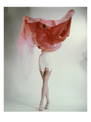1951nick:  Vogue 1953 . Erwin Blumenfeld