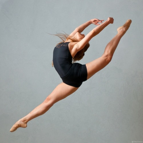 diaryforthedancer:  Liron Kichli