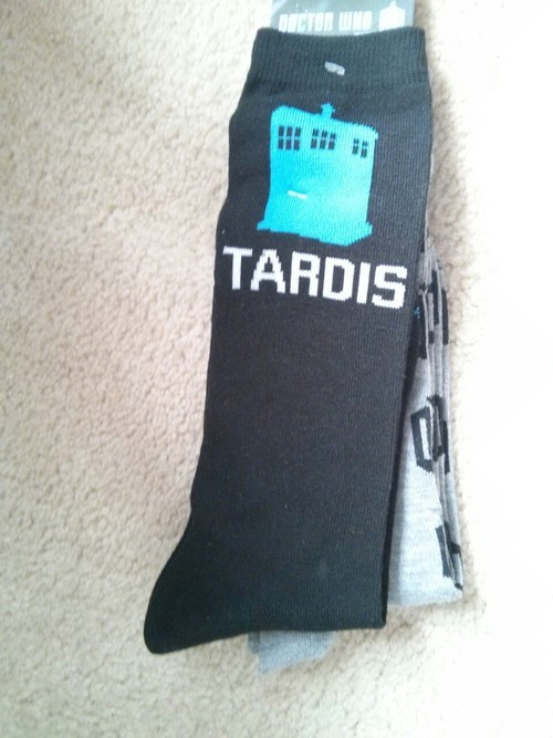 "benedictsdoctor:  To celebrate my earning of 600  followers, I'm doing my first giveaway!. A list of the prizes are: series 7 part 2 of doctor who the 11th doctors sonic screwdriver the 10th doctors sonic screwdriver. the tenth doctors Journal of Impossible things (comes with a mini sonic screwdriver) a tardis disappearing mug tardis and dalek knee socks a doctor who… drinking cup and doctor who 'Keep Calm, I'm The Doctor"" suspenders. Here's the rules/guidelines: WINNER TAKES ALL!  Reblog it as many times as you want. Likes and adding comments count. You can spam your followers if you want, but if they unfollow you, not my problem. You MUST  be following ME. Winner will be selected at random using a generator.  You must have you ask box open so I'll be able to contact you. I'll give you 2 days to reply to it and if you don't then I'll choose another winner. Sorry! You have to be willing to give me your postal address so I can send you the stuff, I'll cover the cost of the shipping.  NO GIVEAWAY BLOGS i ain't about that life :p DON'T WORRY! THINGS HAVE NEVER BEEN USED BEFORE.. I JUST BOUGHT THEM BEFORE HAND.  I WILL SHIP anywhere *EVERY 200 NOTES THIS POST GETS, I WILL ADD ANOTHER PRIZE »»You have until 12:00 am (EASTERN) on October 6th! (my bithday)««< NOW GO GO GO ! alright. »> UPDATE «< 200 notes, wow. will addddd for the ladies  for the fellas or you decide whichever one you want. if a guy wants the skirt.. take it.(i don't judge) and vice versa   »UPDATE«< like.. 5 more updates (for the 100 new followers one):  you can now also win these shirts.(now for the updates of every 200 notes) (200 notes again) »>UPDATE«< FOR 100 NEW FOLLOWER AND 200 NOTES   »UPDATE«  Sorry guys, last 100th follower update  You get all 3 cut outs. (p.s. these are all my stuff, i will buy new ones for you. you pick the size.) satans fire guys! » 400 new notes update«   So, fellas. a lot of you might be thinking, ""shit, this is all for girl, i don't want this!"" BUT if you want me to buy you a male version OR just a different thing all together, tell me. i will soon be updating this too necklaces, and if you don't want to wear a girls necklace, tell me and i will but a dog tag for you. (BUT it has to be around the same price [$15 difference max])»200 new notes update« »600 notes update«   »200 notes update«   (p.s. these two things spin and move ^^^)  »200 notes update« (seatbelt belt )  »200 notes update«  »200 note update« »200 notes update« »200 followers upload«  »200 notes update«  »200 notes update«   »updates«  »»> last update««  *UPDATE*    this beautiful TARDIS necklace was give to me as a donation for  the giveaway by nothingbutamother. you can find more things like this here   »» 5 days left! ««"