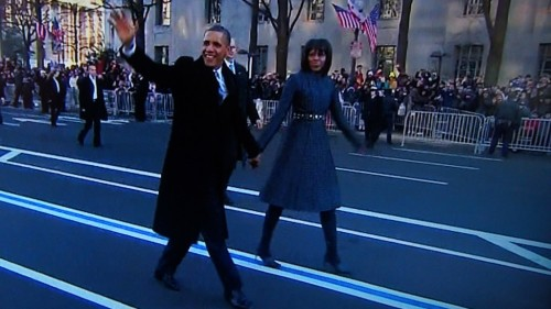 Obama becomes first president to walk down a bike lane on Inauguration Day. (via peterfeld) Was thinking this very thing as we watched the parade. Thanks, ARRA!