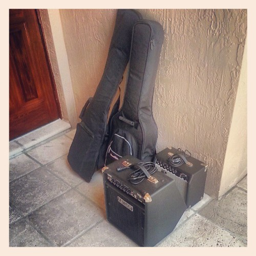 In search of a #guitar tech / #band aide to carry my #equipment. Thanks. #music #fender #amps #bass #rock