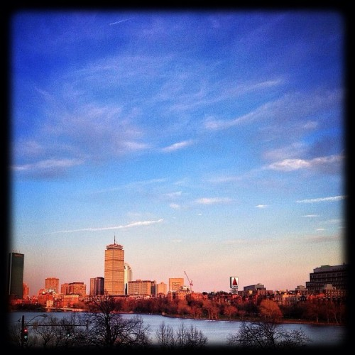 #Goldenhour in #Boston before last weeks madness. #tbt (at Hyatt Regency Cambridge, Overlooking Boston)